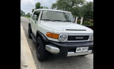 Selling White Toyota Fj Cruiser 2015 in Mandaluyong