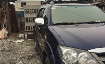 Selling Blue Toyota Fortuner in Manila