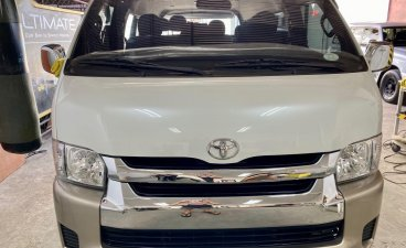 Pearl White Toyota Grandia for sale in Manila