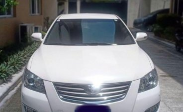 White Toyota Camry for sale in Quezon City