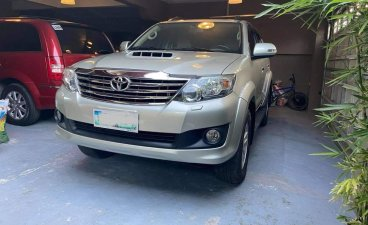 Grey Toyota Fortuner G 4x2 Auto 2013 for sale in Las Pinas