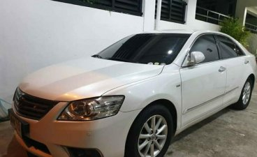 Pearl White Toyota Camry 2.4 G Auto 2010 for sale in San Lorenzo