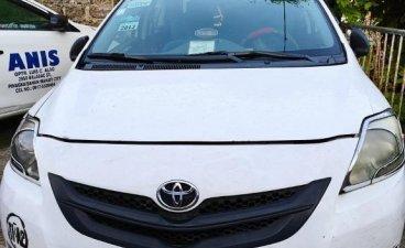 Selling White Toyota Vios 2010 in Manila