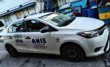 White Toyota Vios 2014 for sale in Mandaluyong