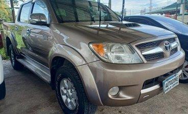 Grey Toyota Hilux 3.0 G Manual 4X4 Diesel for sale in Santiago City