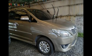 Sell Grey 2012 Toyota Innova MPV at Manual at 82000 km in Laguna