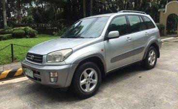 Selling Silver Toyota Rav4 2002 in Manila