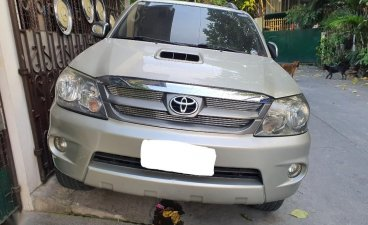 Grey Toyota Fortuner 2006 for sale in Manila
