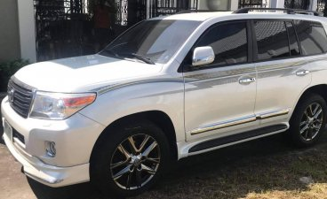 Selling Pearl White Toyota Land Cruiser 2013 in San Fernando