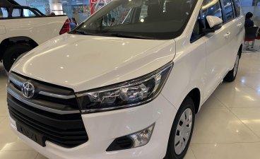 White Toyota Innova for sale in Manila