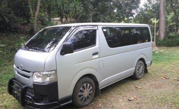 White Toyota Hiace for sale in Manila