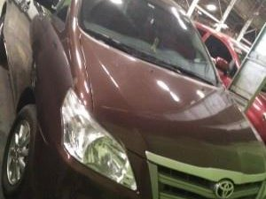 Selling Brown Toyota Innova 2018 in Manila