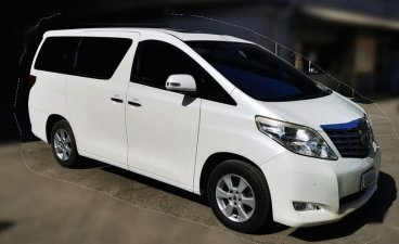 Sell White 2011 Toyota Alphard in Caloocan