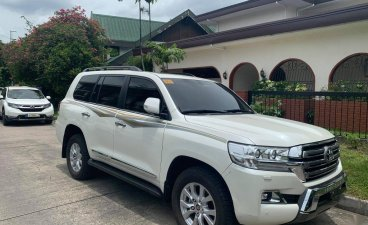 Pearl White Toyota Land Cruiser for sale in Pasig