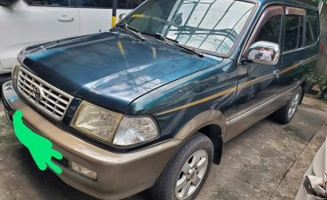 Selling Blue Toyota Revo in Pasay
