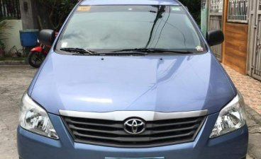 Blue Toyota Innova 2013 for sale in Cainta