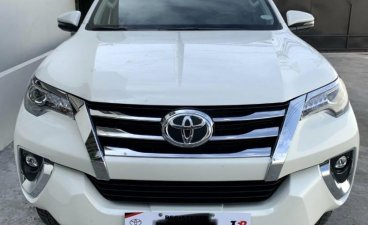 Selling White Toyota Fortuner 2020 in Manila