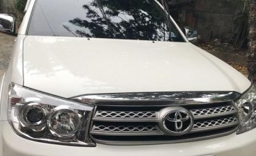 White Toyota Fortuner for sale in Manila