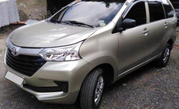 Selling White Toyota Avanza 2017 in Cebu City