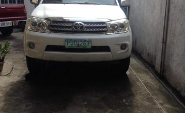 Selling Pearl White Toyota Fortuner 2011 in Marikina