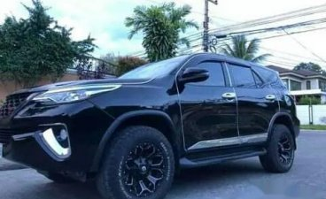 Selling Black Toyota Fortuner 2018 SUV / MPV in Manila