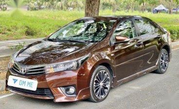 Brown Toyota Corolla altis 2015 for sale in Manila