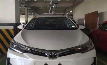 White Toyota Corolla altis 2020 for sale in Makati