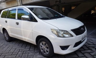White Toyota Innova  2014 for sale in Caloocan