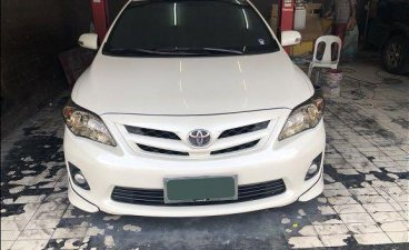 Pearl White Toyota Corolla altis 2012 for sale in Quezon City