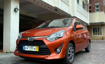 Selling Orange Toyota Yaris 2019 in Manila