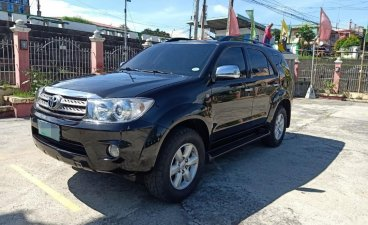 Black Toyota Fortuner 2010 for sale in Apalit