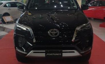 Black Toyota Fortuner for sale in Manila