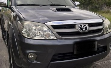 Black Toyota Fortuner 2006 for sale in Manila