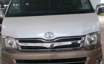 White Toyota Grandia GL Grandia 2.7 2013 for sale in Pasay