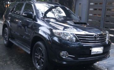 Black Toyota Fortuner 2014 for sale in Quezon City