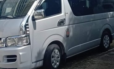 Selling Silver Toyota Hiace 2010 in Paombong