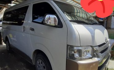 Selling White Toyota Hiace 2017 in Orion