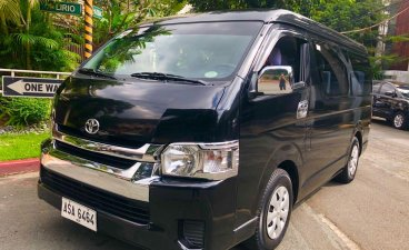 Selling Black Toyota Hiace 2015 in Makati