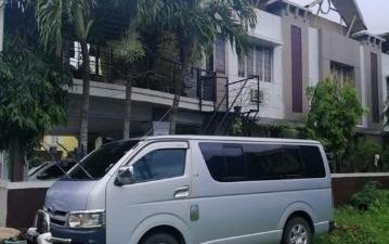 Selling Silver Toyota Hiace 2008 in San Pascual