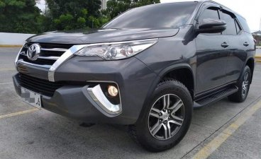 Selling Grey Toyota Fortuner 2018 in Manila
