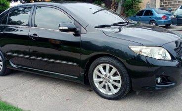 Selling Black Toyota Corolla Altis 2010 in Manila
