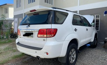 Selling White Toyota Fortuner 2006 in Quezon