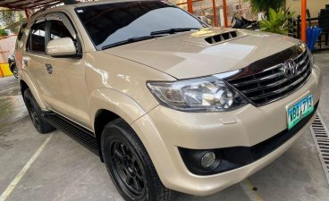 Selling Beige Toyota Fortuner 2013 in Parañaque