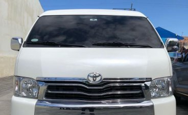 Pearlwhite Toyota Hiace Super Grandia 2018 for sale in Manila