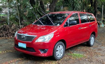 Red Toyota Innova 2012 for sale in Quezon