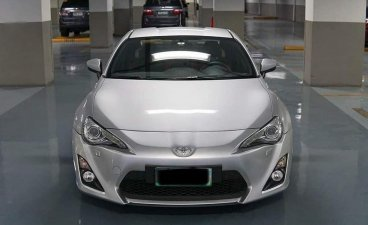 Selling Brightsilver Toyota 86 2012 in Quezon