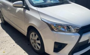 Selling White Toyota Yaris 2017 in Las Piñas