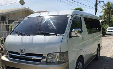 White Toyota Grandia 2006 for sale in Quezon