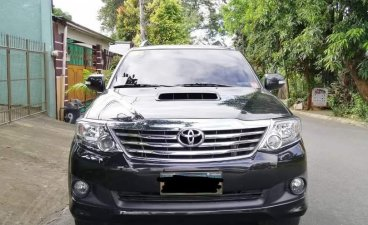 Selling Silver Toyota Fortuner 2013 in Quezon