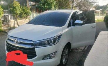 Selling White Toyota Innova 2020 in Las Piñas